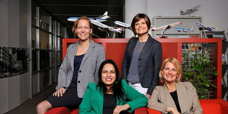 The Future of Pharma Logistics is female ...